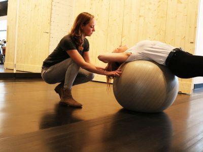thumbnail_lara oefening bal